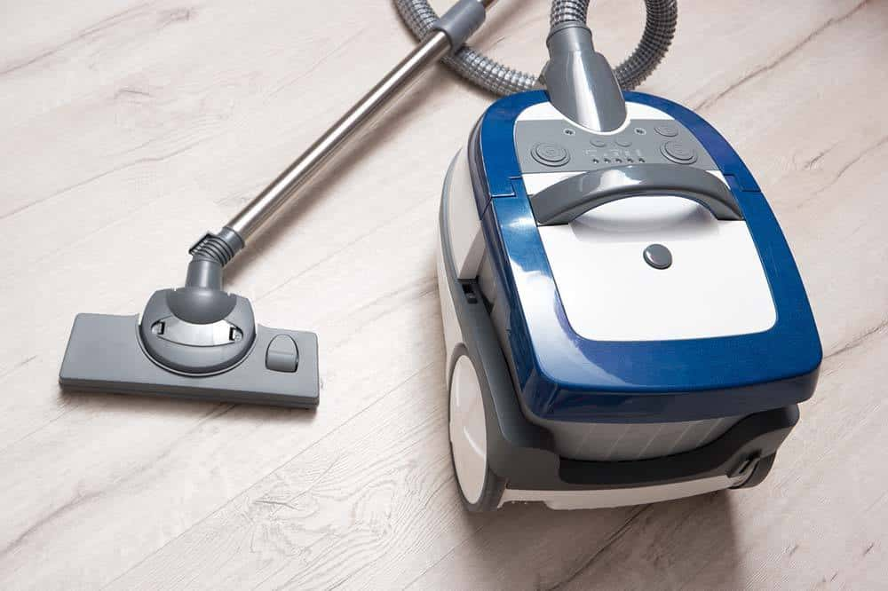 Best Vacuum Cleaners Under $200