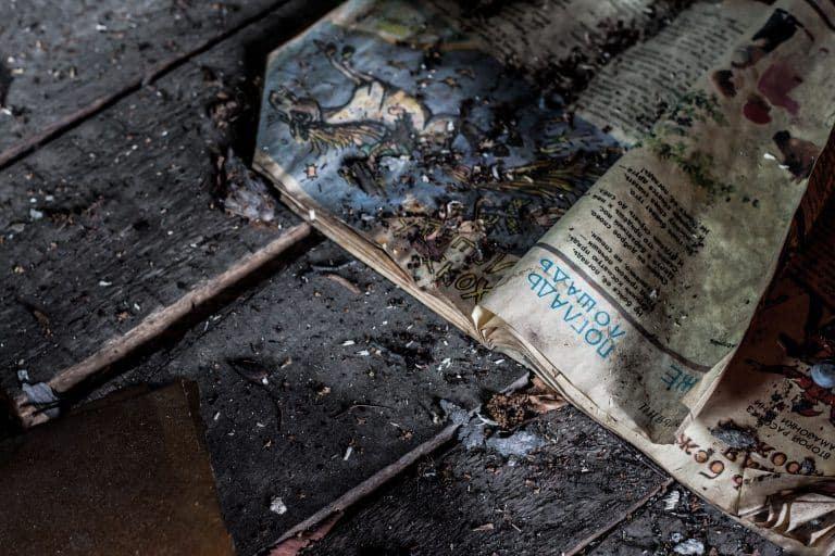 clean old hardwood flooring