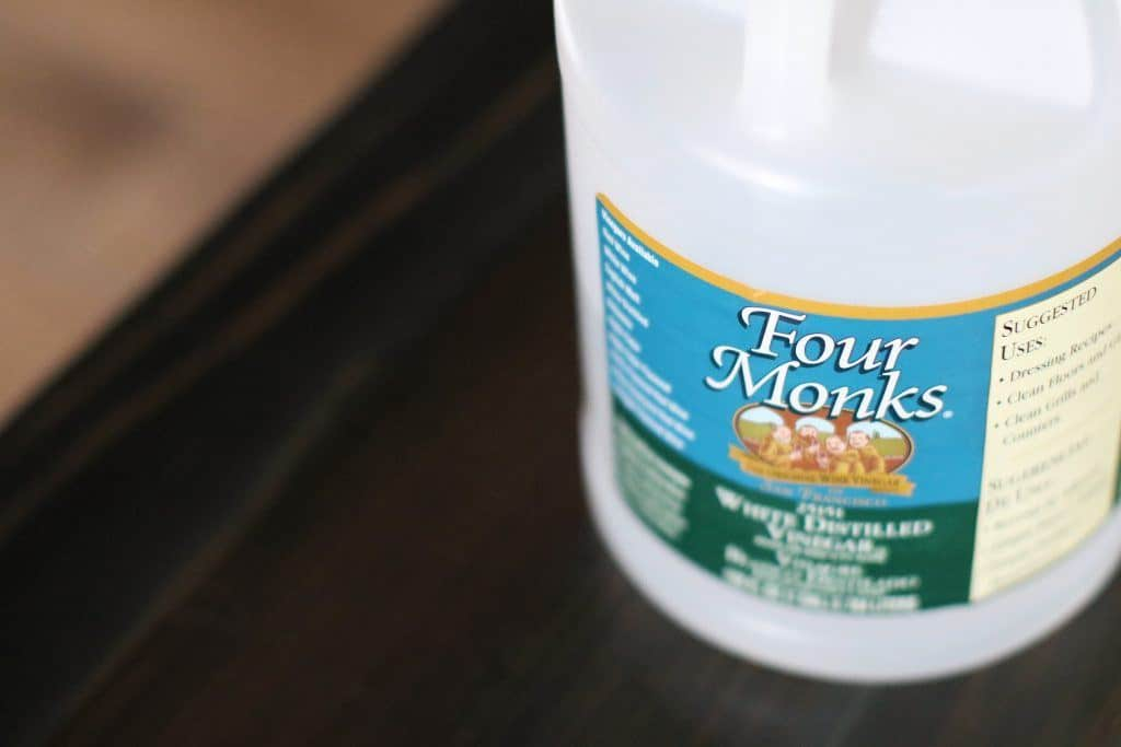 How To Clean Carpet With Vinegar And Nothing Else Homeviable
