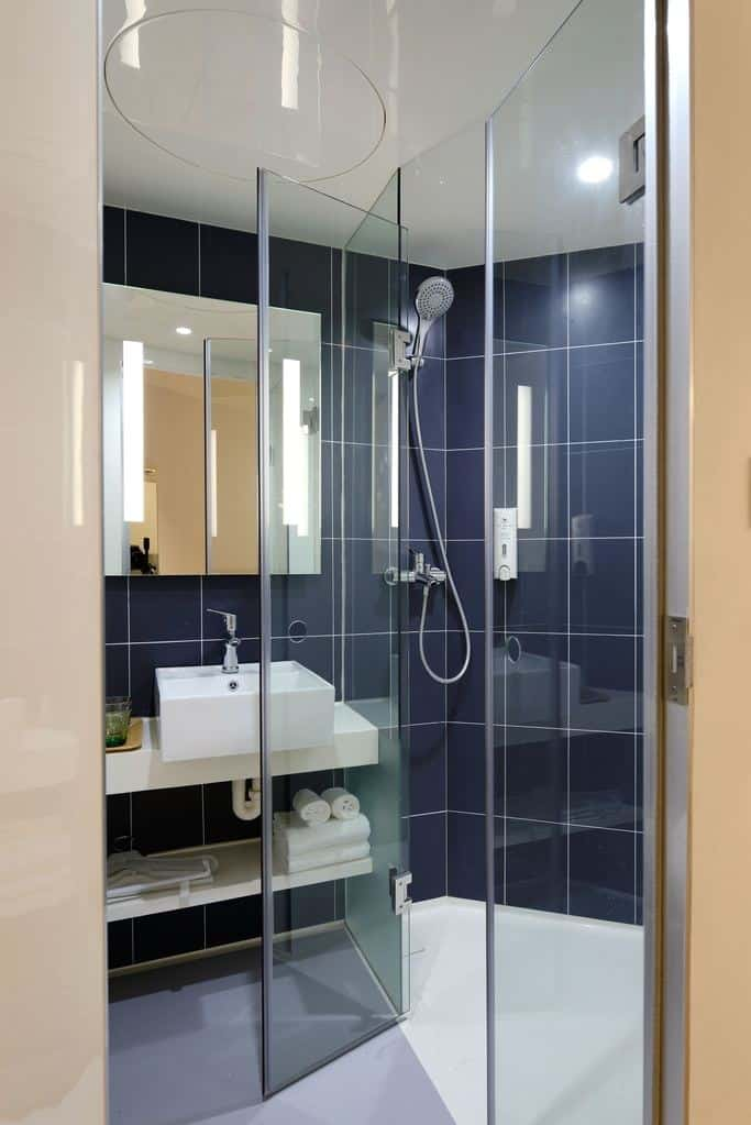 best way to clean tile shower