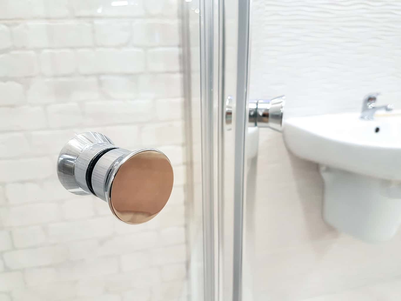 How To Adjust Your Shower Doors And Door Tracks Homeviable