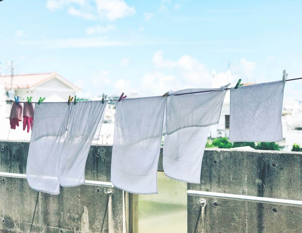 White lnens on a clothesline