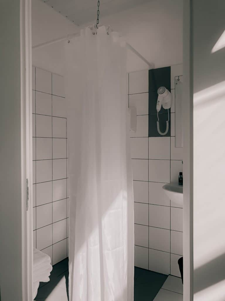 Bathroom with a shower curtain