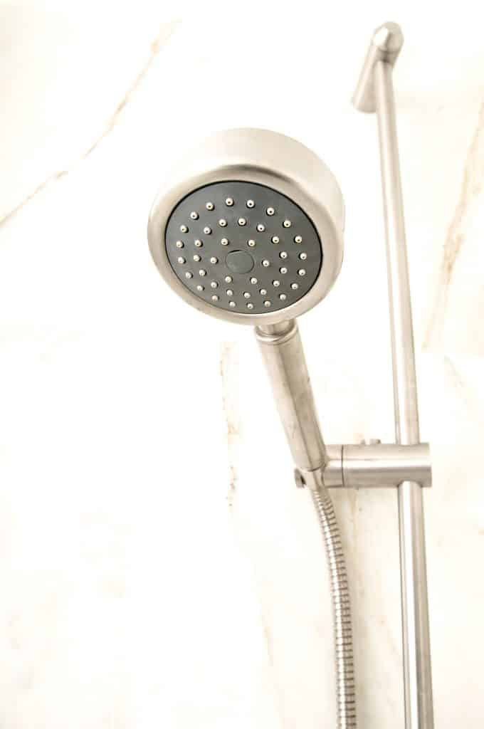 Handheld shower head