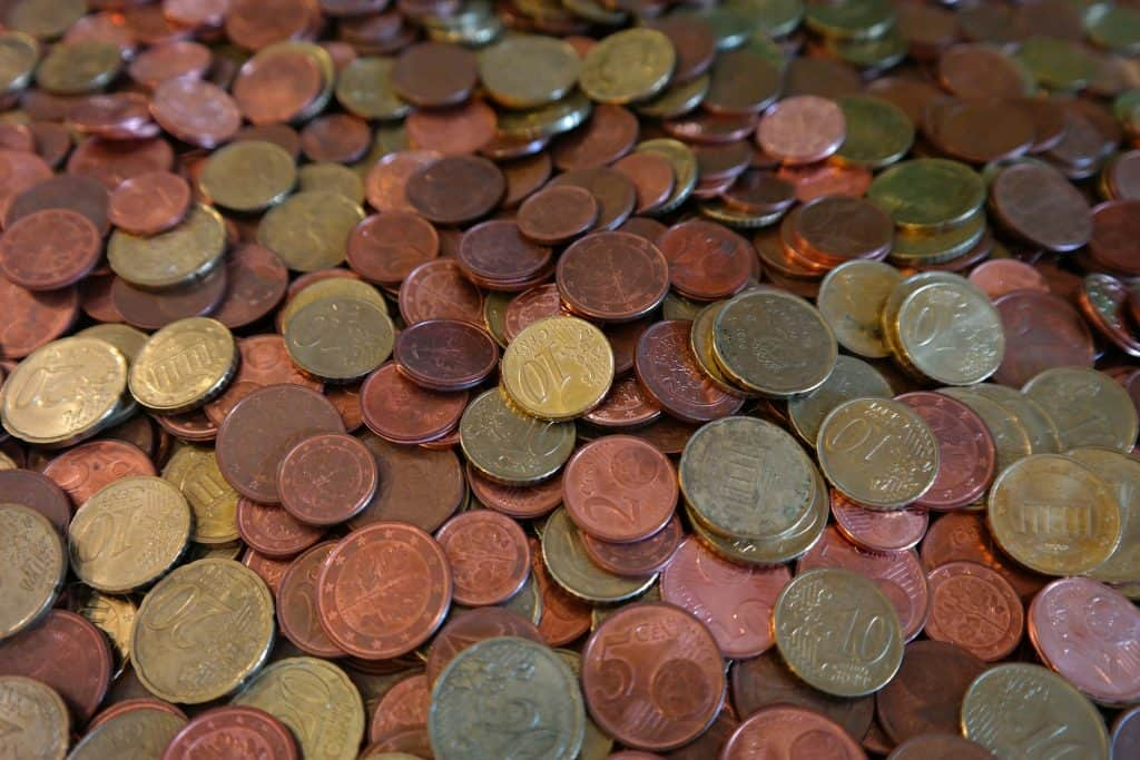 Pile of copper pennies