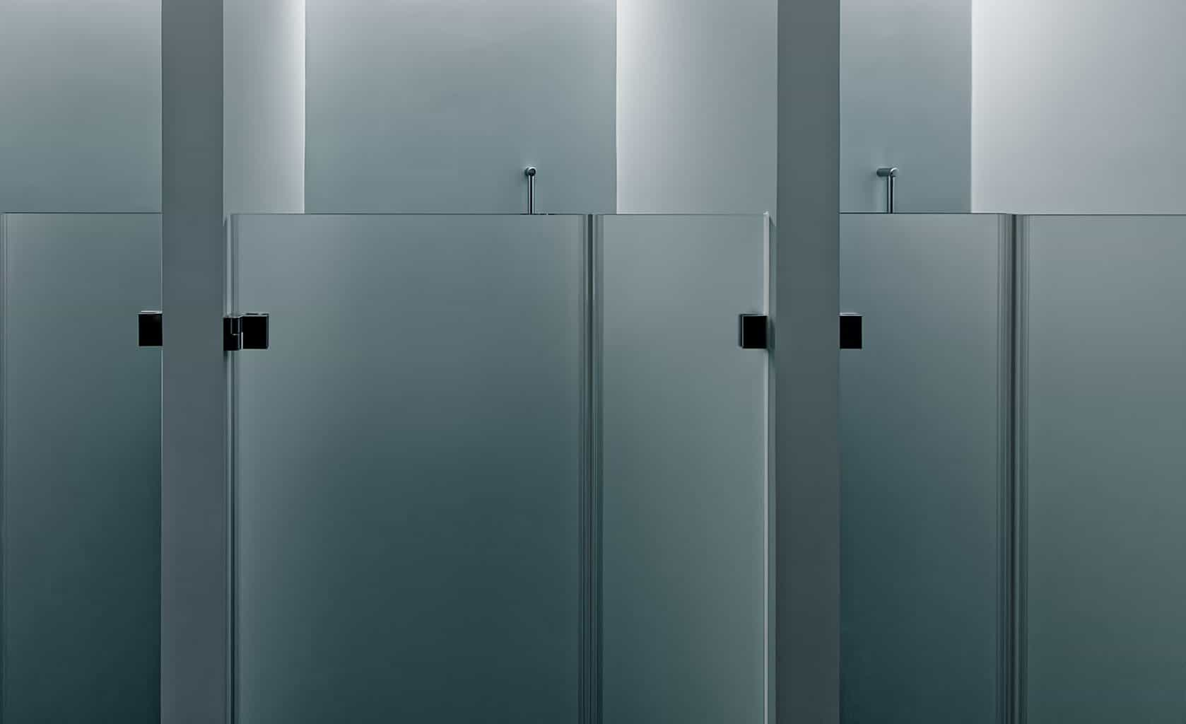Frosted glass shower doors used by cubicles
